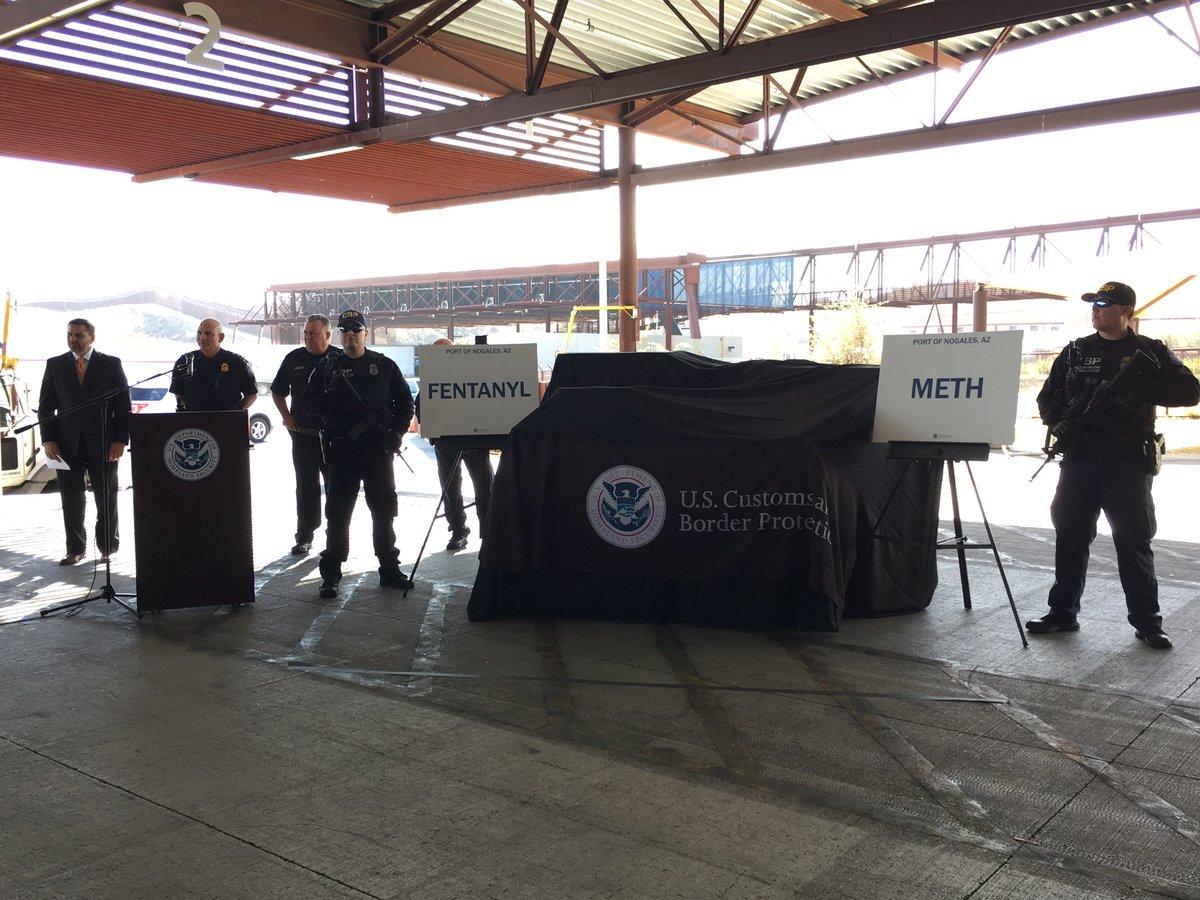 Patrulla Fronteriza incauta 254 libras de fentanilo en camión que traía vegetales de México