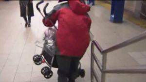 Muerte de madre con coche de bebé reabre debate sobre accesibilidad en el Metro