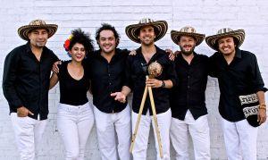 El Flushing Town Hall celebra su aniversario a ritmo de cumbia
