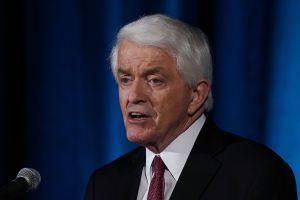 """Cámara de Comercio de EEUU pide reabrir el gobierno y negociar una solución """"razonable"""" para problema migratorio"""