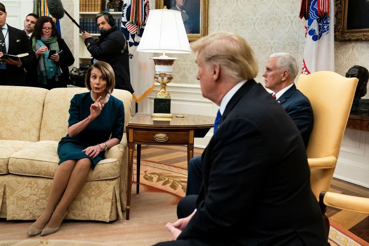 ¿Nancy Pelosi quiere o no un juicio político contra Trump?