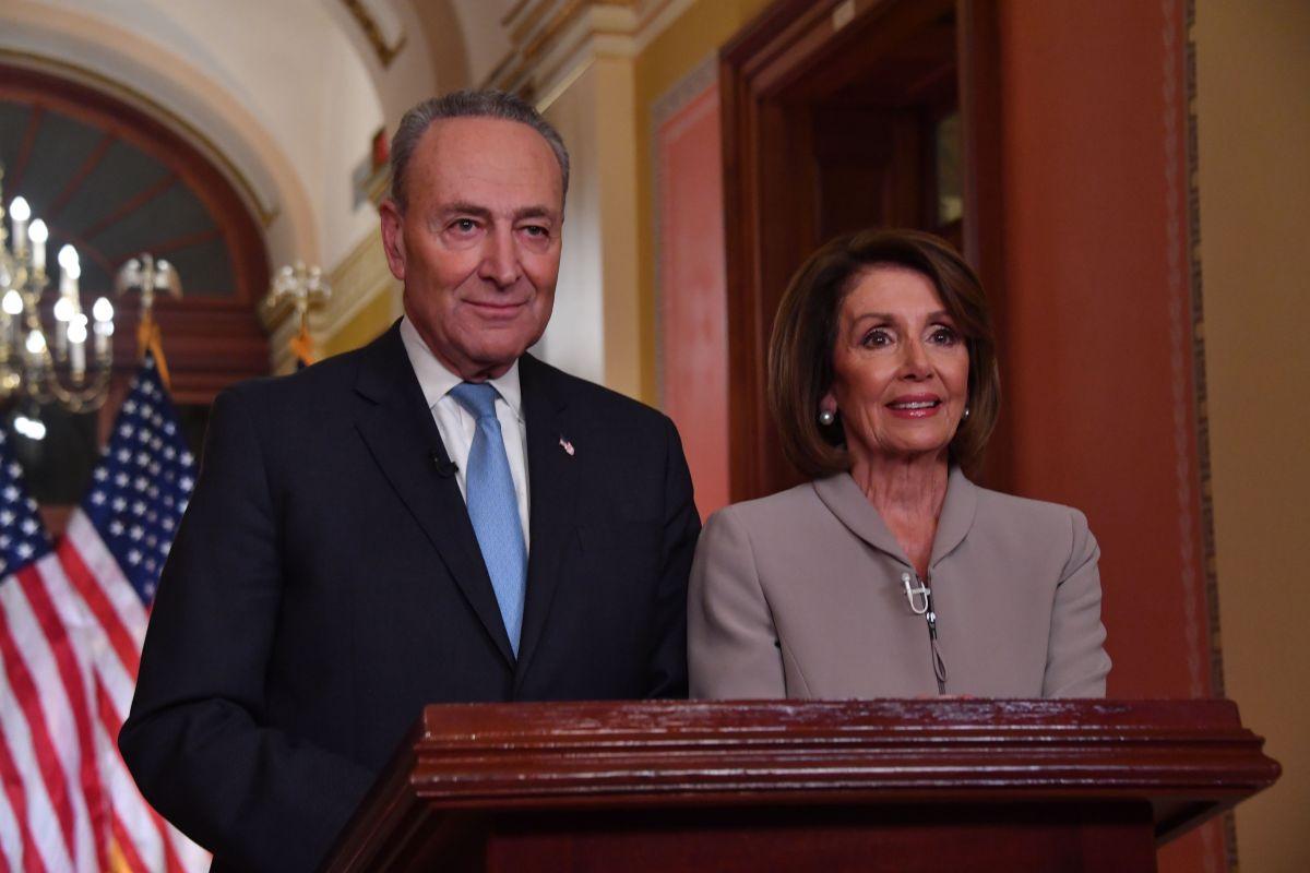 Nancy Pelosi y Chuck Schumer responden al discurso de Trump.