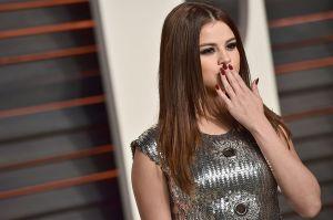 """Así estuvo Selena Gómez junto a Ozuna y Cardi B en Coachella, moviéndolo todo con """"Taki Taki"""""""