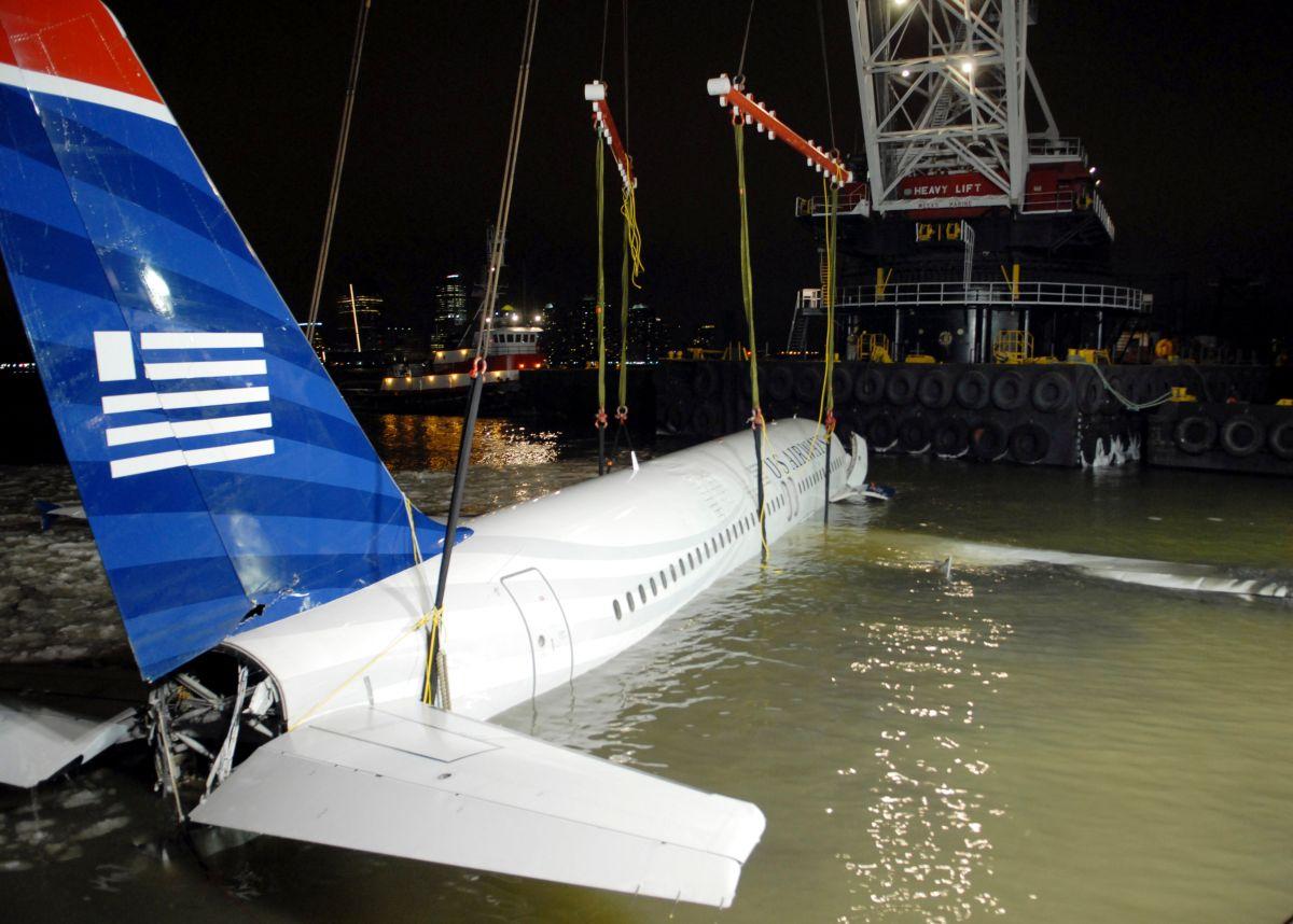 """Nueva York recuerda 10 años del """"milagro en el río Hudson"""" cuando se salvaron 155 vidas"""