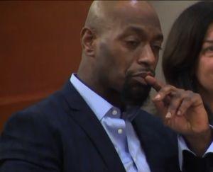 Pagó 19 años de cárcel por homicidio de su madre en El Bronx, crimen que no cometió