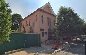 Acusan a hijo de pastor de violar a niña dentro de iglesia en Brooklyn