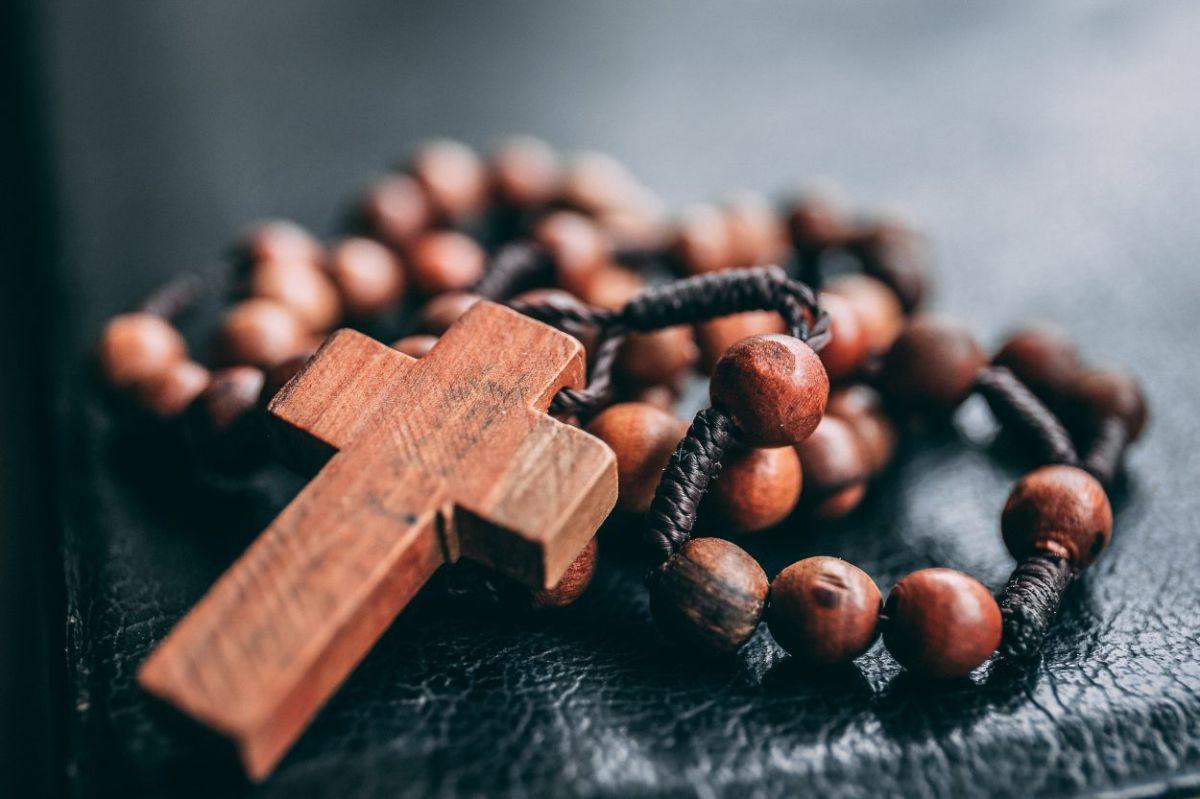 Iglesia católica en Texas identifica a 286 sacerdotes vinculados a abusos sexuales de niños