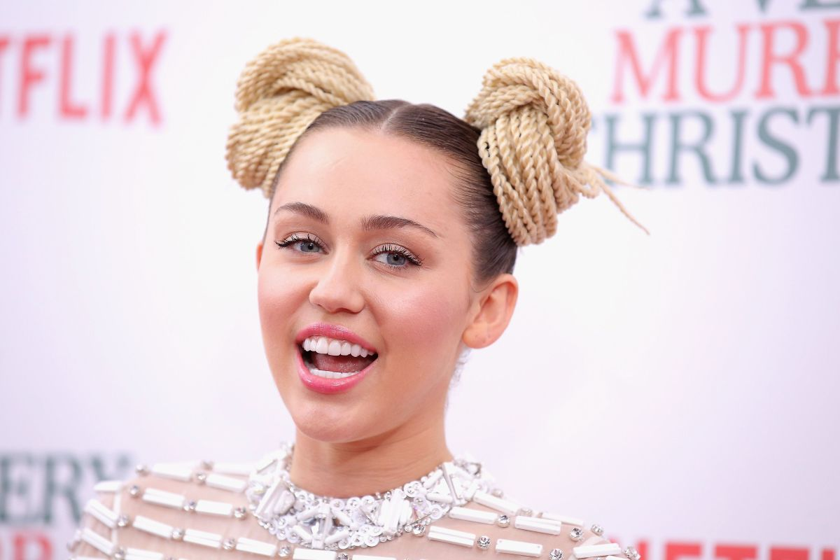 Miley Cyrus se sintió ultrajada en público por un fan