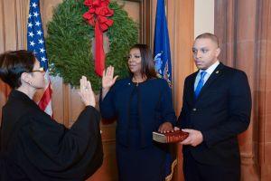 Letitia James se juramenta como nueva Fiscal de Nueva York