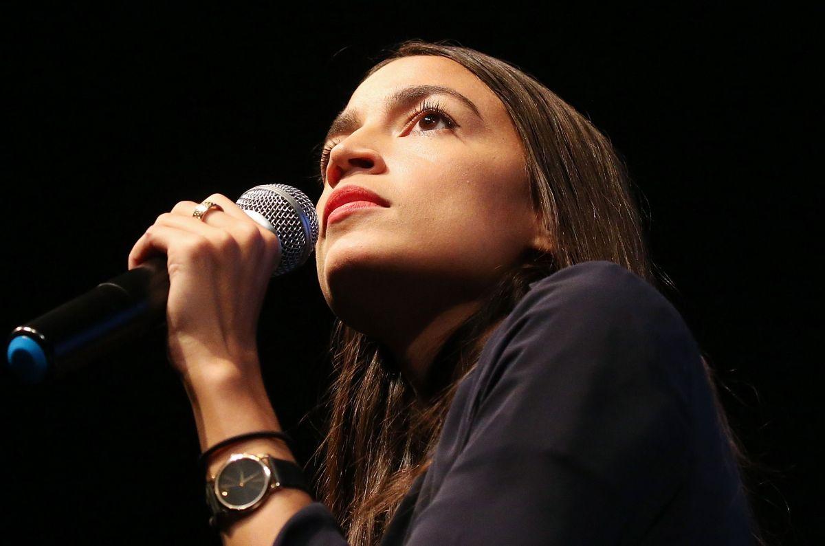 La congresista Ocasio-Cortez lanza plan contra el cambio climático