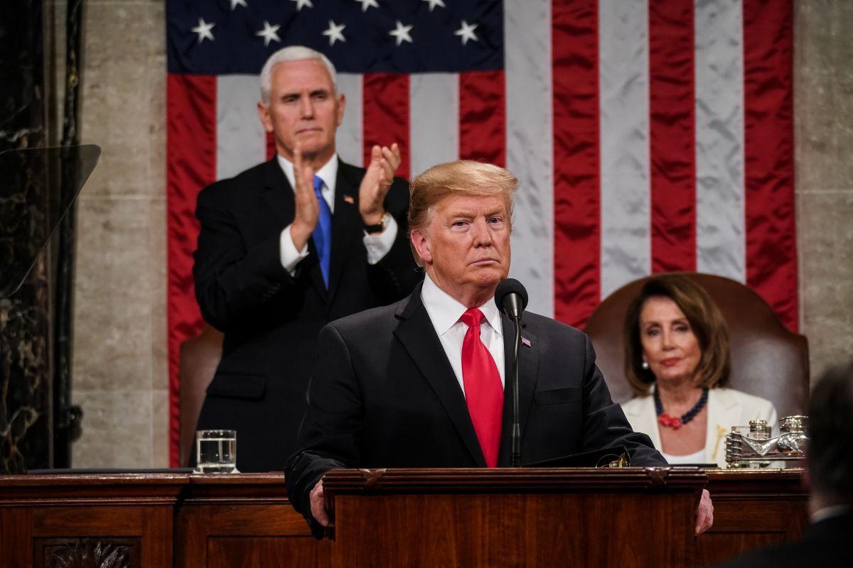 Pence y Pelosi en línea sucesoral ante posible ausencia de Trump; alerta por si Biden se contagió en el debate