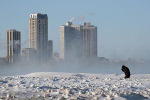 Un buen samaritano anónimo pagó hotel para indigentes de Chicago en medio del frío polar