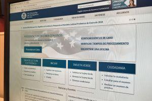 USCIS alerta a inmigrantes de cambios digitales para realizar trámites