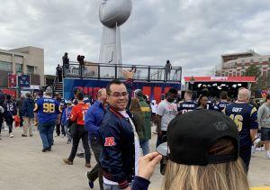 Fans hispanos se gastan hasta $5,000 para ver el Super Bowl en Atlanta