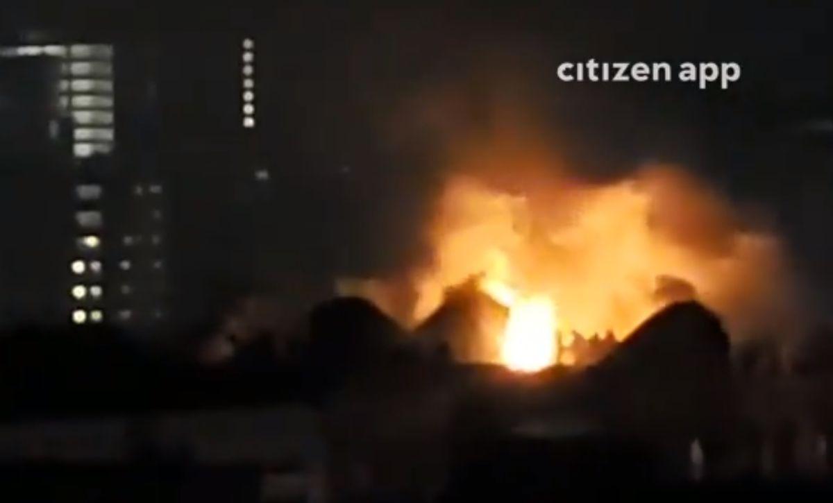 FDNY desaloja cuatro edificios por incendio en El Bronx