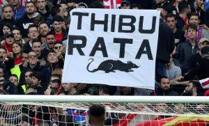 Video: Le llueven ratas a Thibaut Courtois previo al derbi madrileño