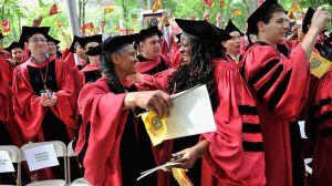 Universidades de élite en EE.UU.: cómo se entra a estos centros de estudio y cómo fue el mayor escándalo de fraude educativo en la historia del país