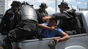 """Critican """"violencia y represión"""" contra manifestantes en Nicaragua, hay 100 detenidos"""