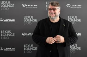 Guillermo del Toro devela su estrella en Hollywood y celebra ser mexicano, inmigrante y 'raro'
