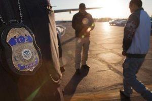 Cómo las cortes de inmigración se han convertido en la herramienta de deportación del gobierno Trump