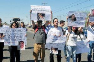 Periodistas exigen a AMLO esclarecer el asesinato de Santiago Barroso