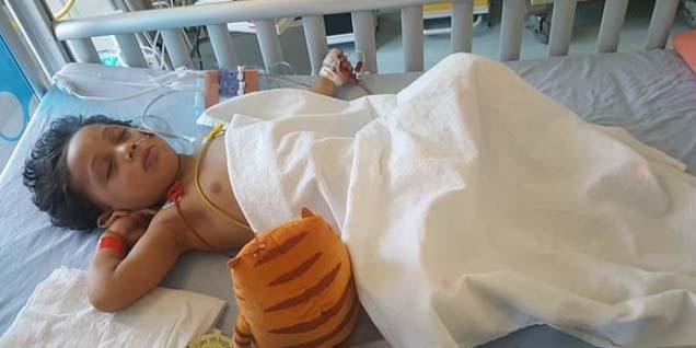 Un chocolate dejó en coma a este menor de 3 años