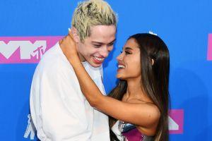 Ariana Grande no pretende borrar rastro en su cuerpo de su ex Pete Davidson