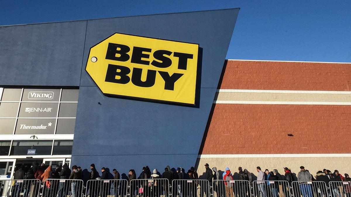 Best Buy despide a 5,000 empleados y planea cerrar más de 20 tiendas este año