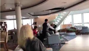 Crucero noruego atraca tras horas de pánico y evacuación de más de 400 pasajeros