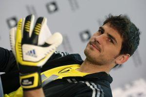 Iker Casillas escoge al Cruz Azul como su equipo mexicano favorito