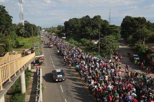 ¿Cómo se forma una caravana migrante en Centroamérica?