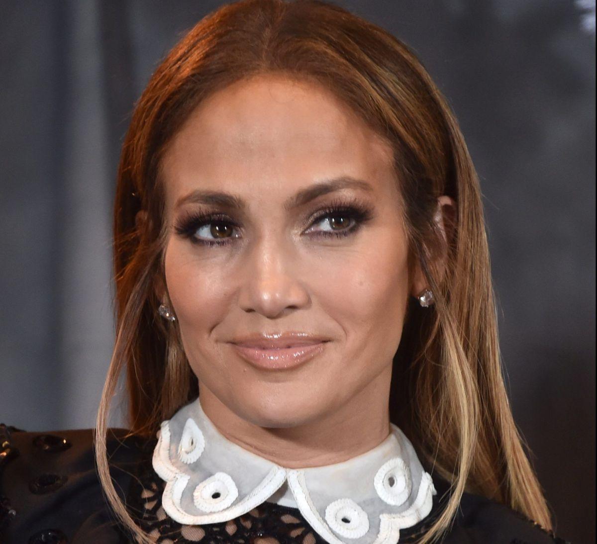 Terrible: director de cine pidió a Jennifer Lopez que le mostrara los senos