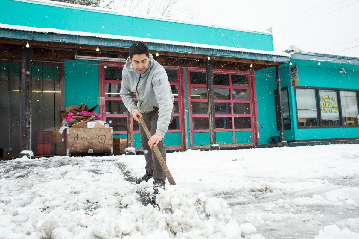 Tormenta Ulmer arremete en Estados Unidos con inundaciones y nevadas