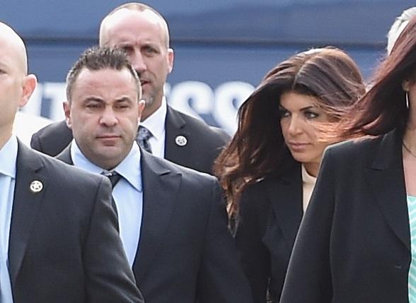 """ICE deportará a esposo de estrella de TV que tiene """"green card"""""""