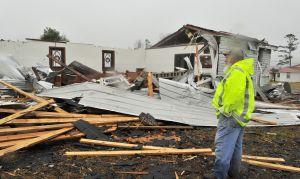 Tornado en Alabama: Número de muertos asciende a 23...