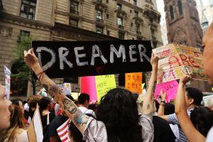 Azafata dreamer queda en libertad después de 6 semanas bajo custodia de ICE