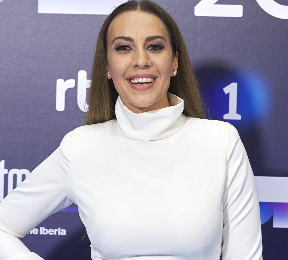 """Mónica Naranjo, la famosa que declaró """"volverse loca al acostarse con mujeres"""", está enamorada otra vez"""