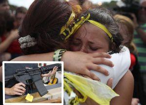 Padres de víctimas de tiroteo escolar podrán demandar al fabricante del rifle de asalto AR-15