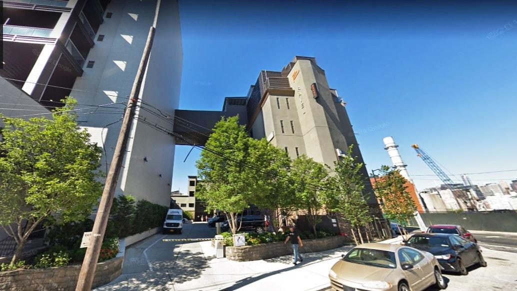 Portero inmigrante se suicida saltando al vacío en hotel en Nueva York
