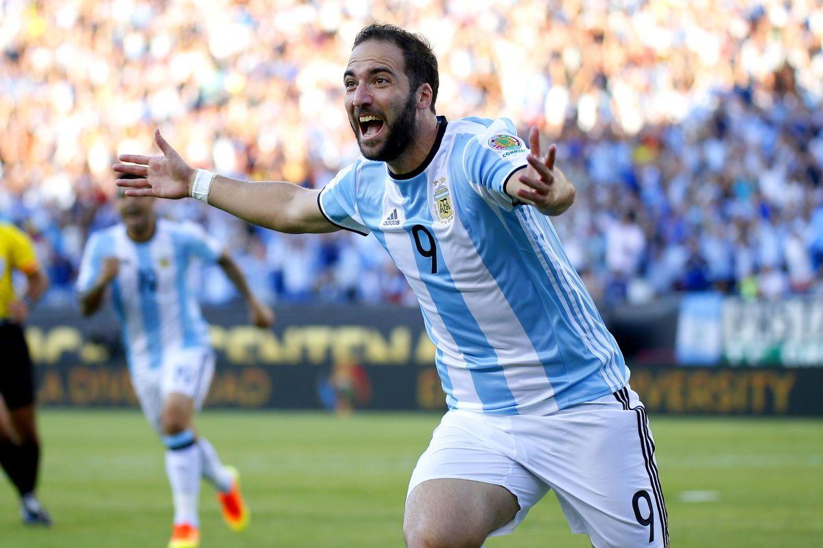 """Gonzalo """"El Pipita"""" Higuaín anuncia su retiro de la selección de Argentina"""