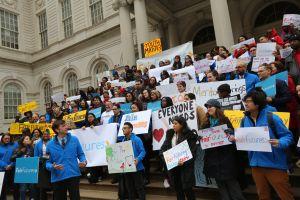 Jóvenes en 'foster care' piden a la Ciudad ampararlos hasta los 26 años