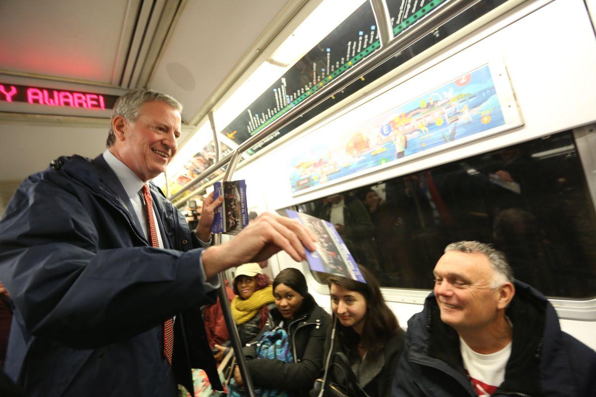 $1.3 mil millones: primer recorte de presupuesto en alcaldía de Nueva York por recesión fiscal en pandemia; alcalde evitará despidos