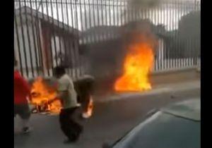 """VIDEO: Queman vivos a sicarios de la pandilla """"Barrio 18"""" en Guatemala"""