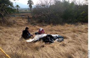 Mueren dos personas tras falla en paracaídas en México