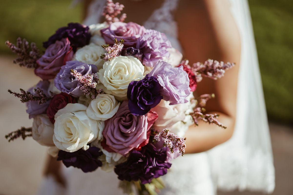 Video: Novio abofetea a la novia en plena fiesta de boda