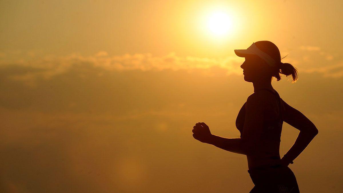 Hay formas de encontrar un equilibrio entre estar en forma y ahorrar.