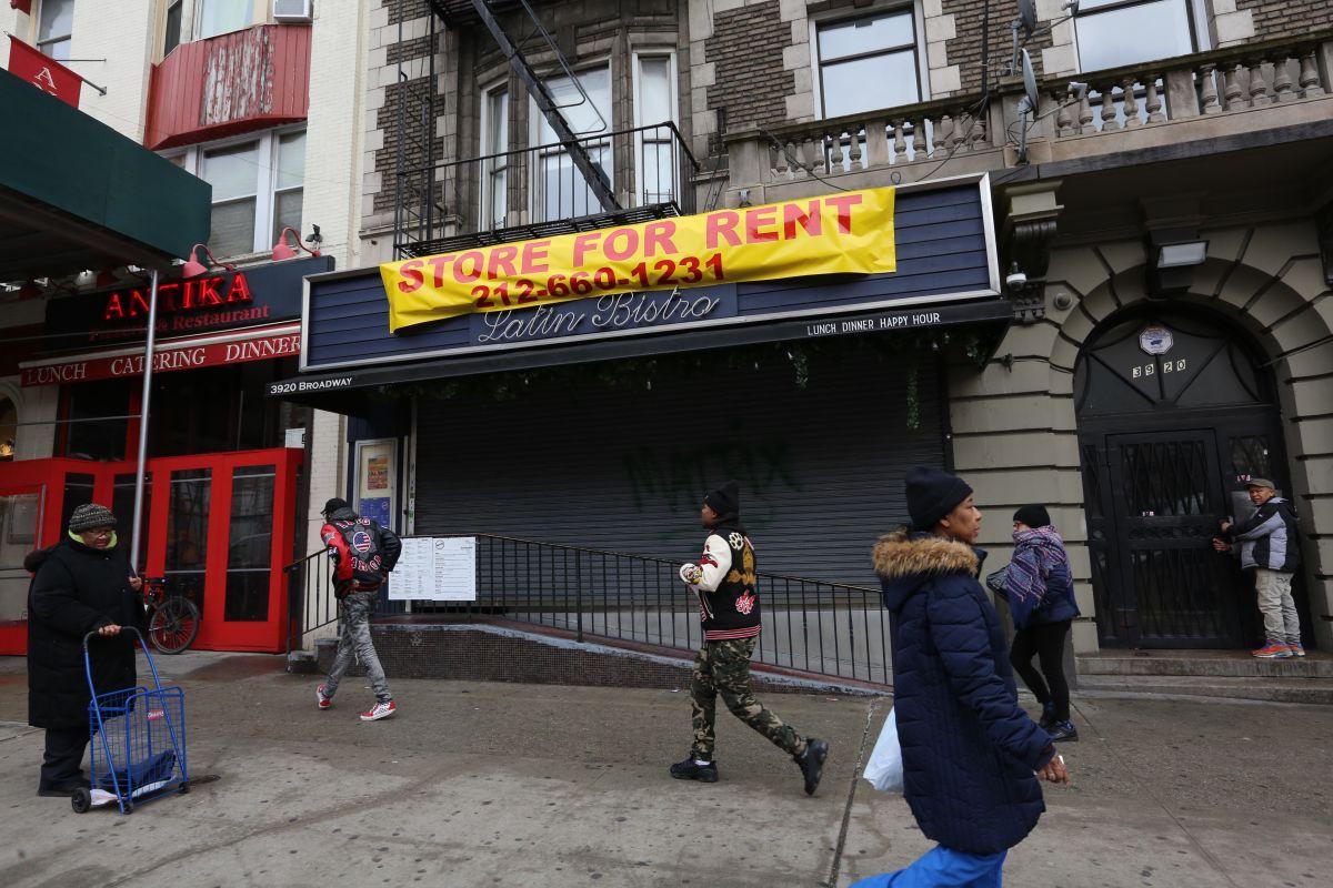 Arrestan a dueños de restaurante en Washington Heights por robo de salarios