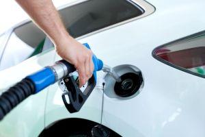 Simples, pero efectivos, consejos para ahorrar en gasolina este 2019