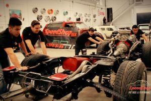 Discovery estrena Zaky Garage: restauradores de autos situados en Mexico