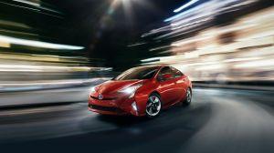 ¿Cuáles son los beneficios de seguridad y energía del Toyota Prius 2018?